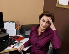 Криза середнього віку у жінок: симптоми і що потрібно робити