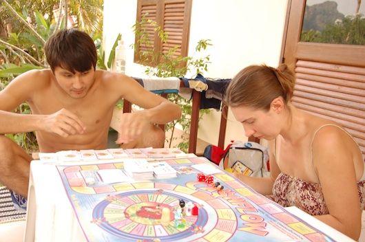 Вчимося правильно ставитися до грошей, граючи в «грошовий потік»